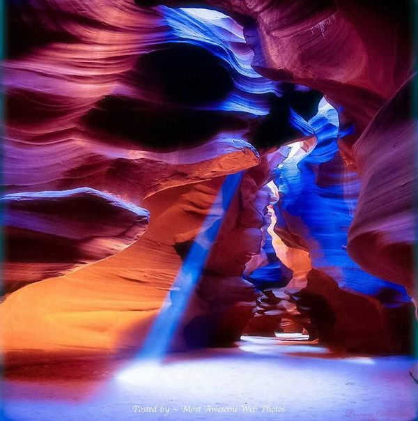 Beatiful-canyon-colors
